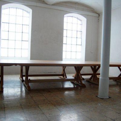 Tentorium-furniture-Jan-III-Sobieski-table (1)