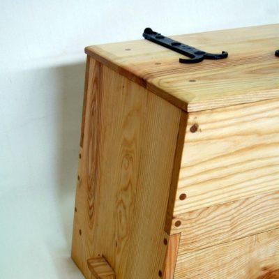 Tentorium-furniture-chests (1)