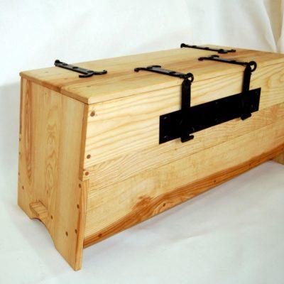 Tentorium-furniture-chests (4)