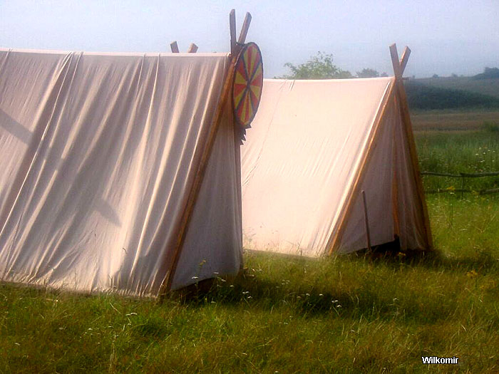 Vikings A-frame type tents & Historical tents - Tentorium - Anglo-Saxon Geteld historical ...