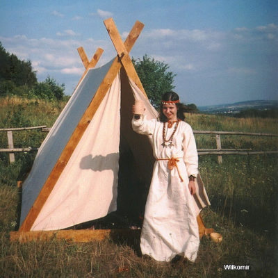 Tentorium-historical-tents-Vikings-A-frame-type-tents (2)