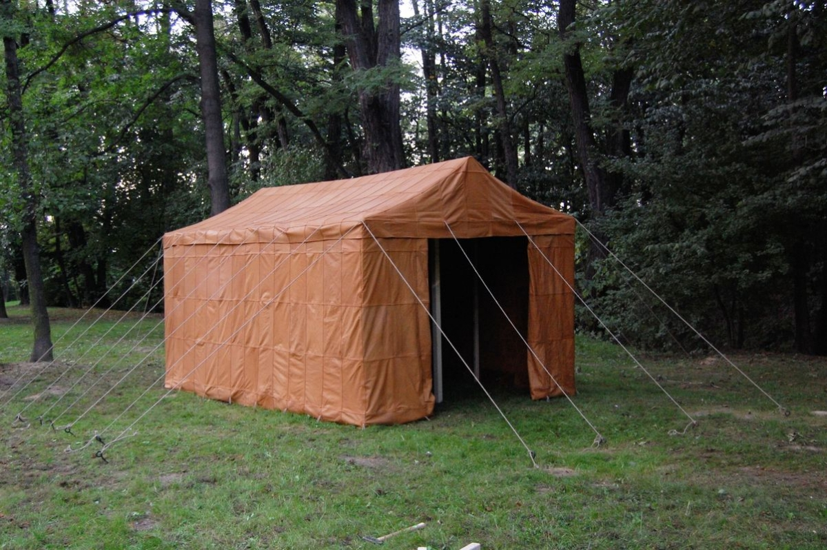 To less prosperous clients we offer tents stylized as roman made of linen. The use of this fabric in roman tents was probable even though it is not ... & Historical tents - Tentorium - Anglo-Saxon Geteld historical ...