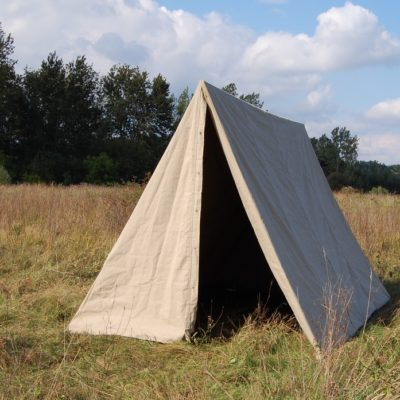 Tentorium-historical-tents-soldier-triangles (6)