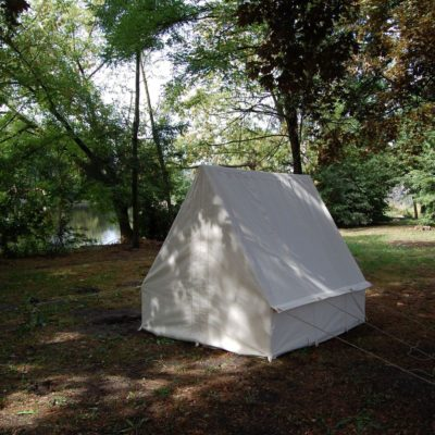 Tentorium-historical-tents-soldier-triangles (7)